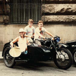 Shanghai Insiders specializes in off-the-beaten-path adventures on Chinese-made, Soviet-style sidecars. // © 2013 China Cycle Tours