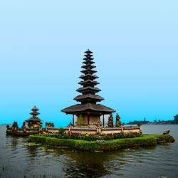 Voyages to Antiquity overnights include a 3-night, luxury hotel stay in Bali // (c) 2013 Voyages to Antiquity