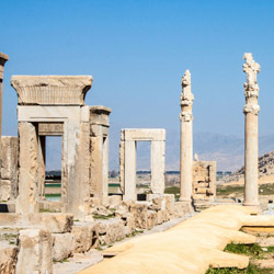 Archaeologists believe that the ruins of Persepolis date back to the 6th century. // © 2014 Thinkstock