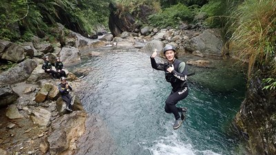 River Tracing in Hualien, Taiwan, With Meet My Guide