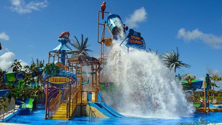 Kids and teens will love the on-site waterpark.
