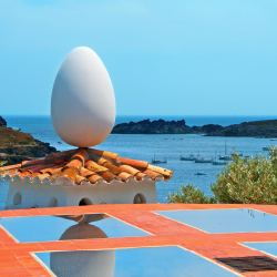 An egg adorns the roof of Dali's house in Port Lligat. // © 2013 Shutterstock