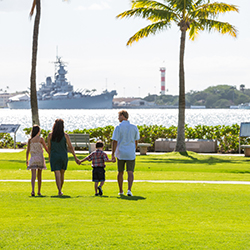 Family experiences on Oahu are enriching, like a visit to Pearl Harbor. Perfect for school age kids and multi-generational families. // © 2014 O'ahu...