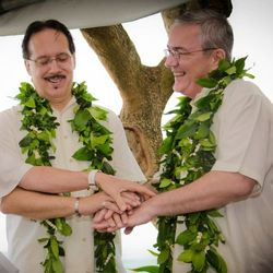 Now legal in the 50th state, gay wedding ceremonies are enhanced by the spirit of aloha. // © www.kellibullockphotography.com