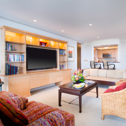 A premium suite at Aston at The Whaler on Kaanapali Beach, Maui.// © 2014 Aston Hotels & Resorts