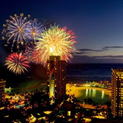 The new Tuesday fireworks will follow a free 15-minute show. // © 2013 Hilton Hawaiian Village