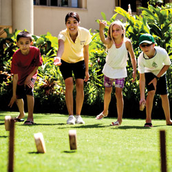 Four Seasons Maui regales kids with Hawaii-style games. © // 2014 Four Seasons Resort Maui
