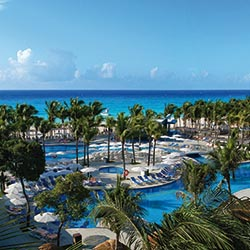 The Riu Yucatan is designed more for families. // (c) 2013 Riu Hotels & Resorts