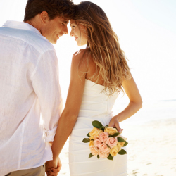 Funjet will help travel agents plan weddings with its new program. // © 2014 Thinkstock