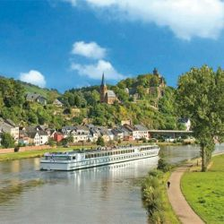 CroisiEurope offers cruises on 25 canals and rivers with a large variety of different itineraries. // © 2013 CroisiEurope