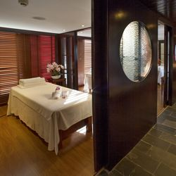 Victoria Anna has undergone extensive renovations, including a redesign of its spa. // © 2013 Victoria Cruises