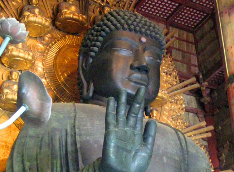 Great Buddha Hall, or Todaiji temple, houses the world's largest gilded bronze Buddha, measuring 51 feet in height. // © 2014 Shane Nelson