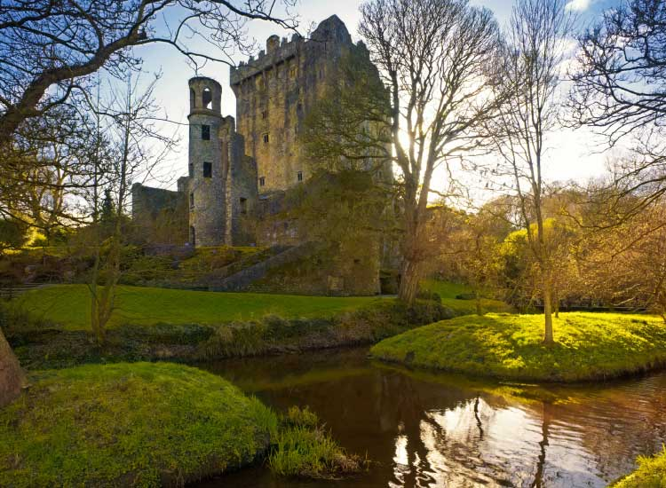 Many CIE itineraries visit the Blarney Castle, one of the top attractions in Ireland. // © 2014 Shutterstock