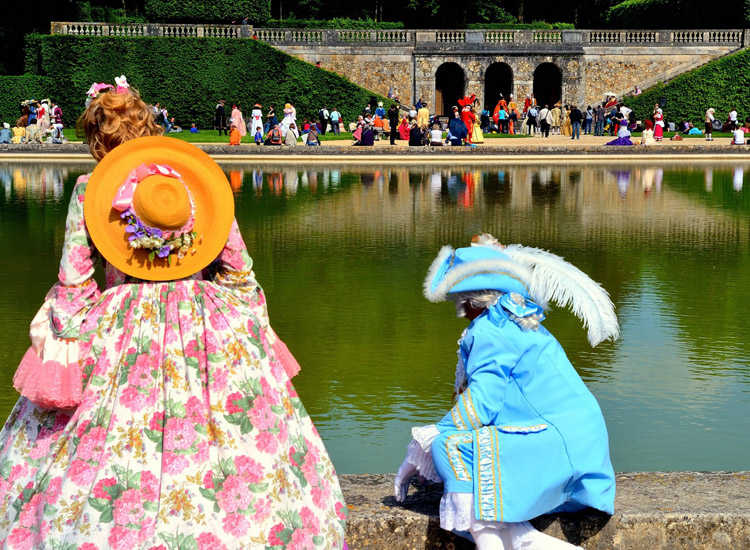 At the annual Journee de Grand Siecle event, revelers of all ages wear period costumes and are transported back to the 17th century for a magical, activity-filled day at Chateau de Vaux le Vicomte. // © 2014 Vaux le Vicomte