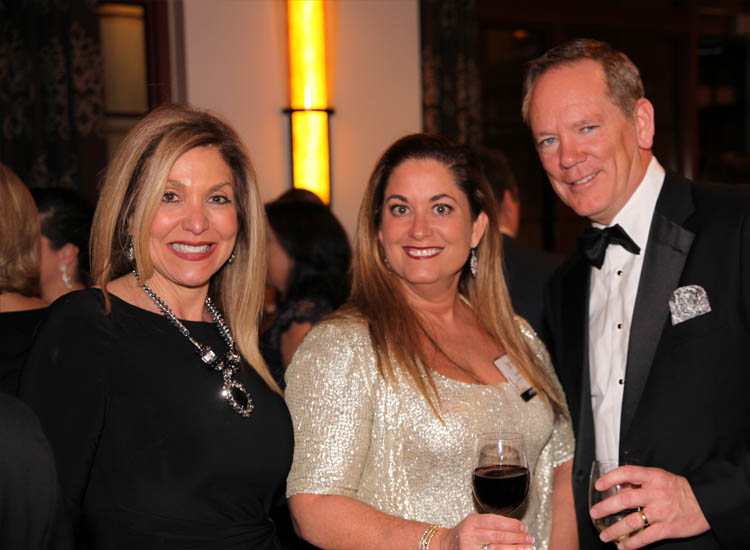 Edie Bornstein, Carmen Roig and Scott Knutson were among the supplier partners at the event. // © 2014 Avoya Travel
