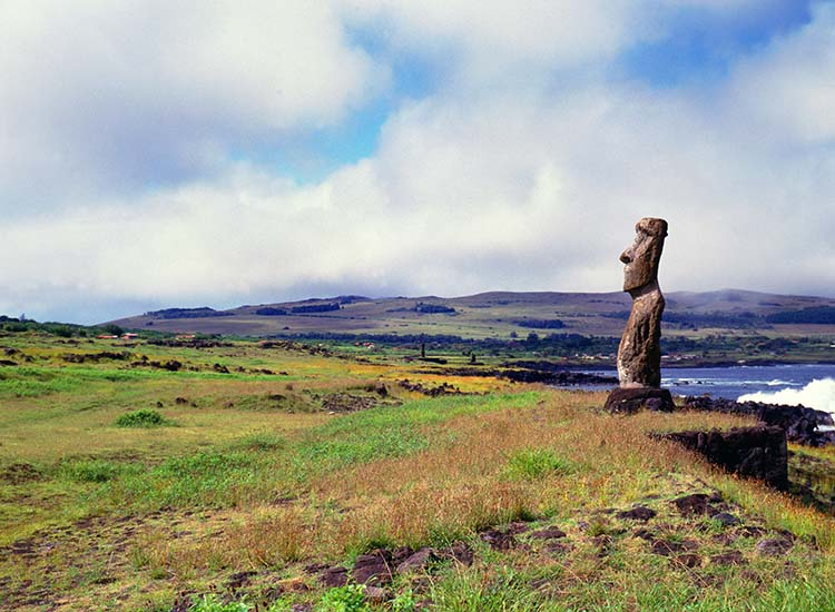 Easter Island lures the well-traveled with its 887 extant monumental statues, called moai, created by the early Rapa Nui people. // © 2014 Thinkstock