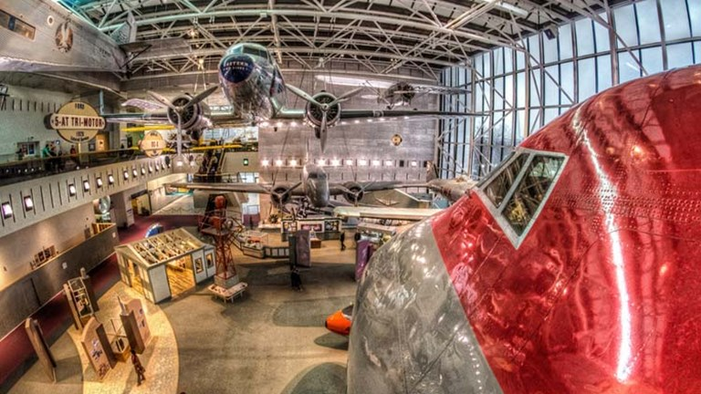 Budding pilots and astronauts will love  National Air and Space Museum, home to the largest collection of historic aircraft and spacecraft in the world. // © 2015 Creative Commons user m01229